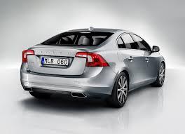 Volvo S90: noleggio a lungo termine con guida semi-autonoma